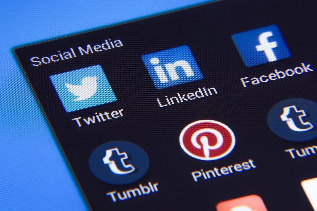 Icons of major social platforms - Mobile Ad Campaigns